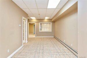 499 Lake Ave hallway